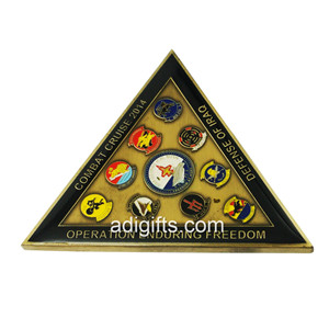 Triangle shape custom army challenge coins for sales