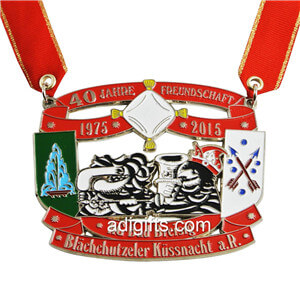 Wholesale cheap custom made zinc alloy carnival medals